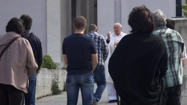Croatian Priest Defies C-19 Lockdown
